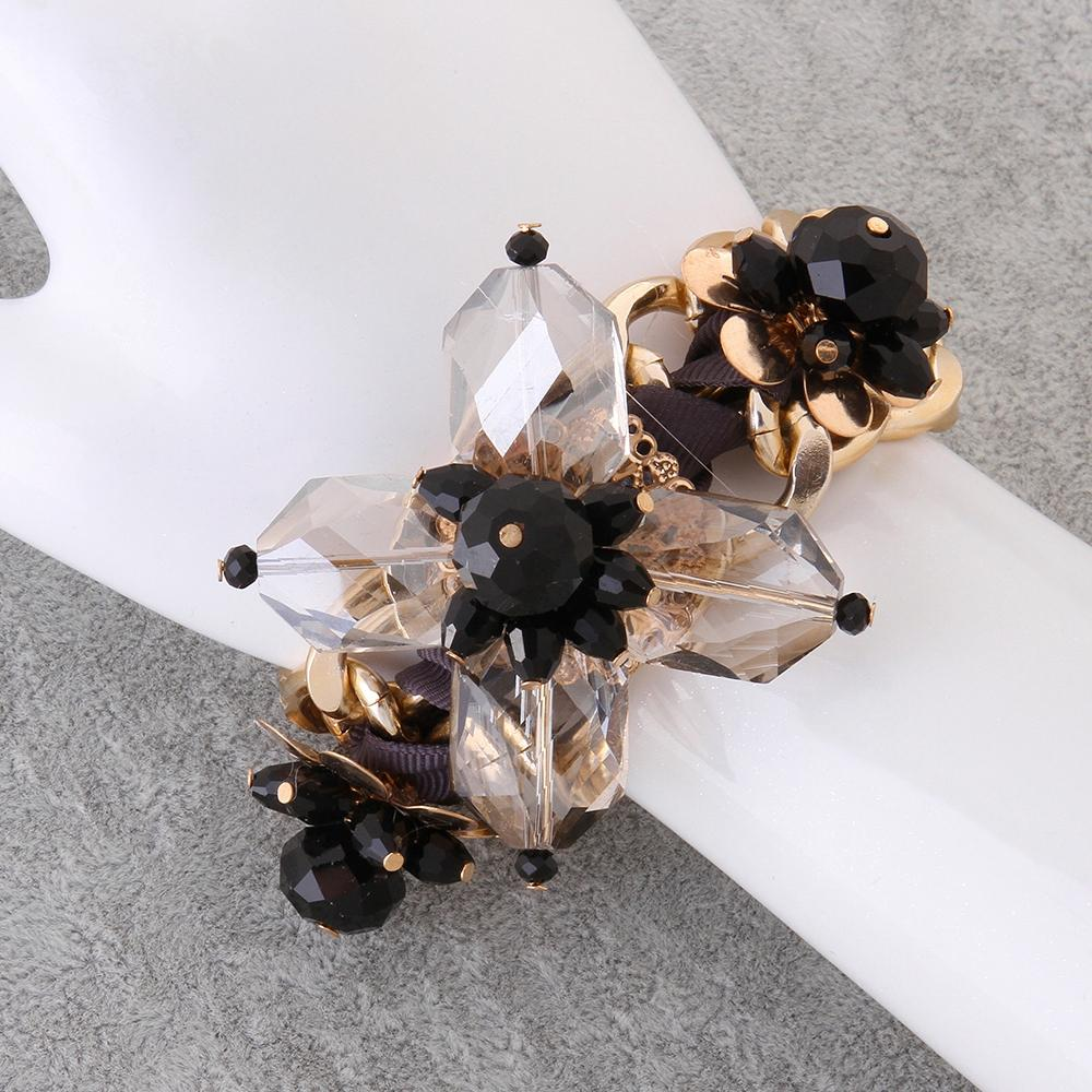 Flower 18K Gold Plated Bracelet With Black stone - The Trendy Accessories Store