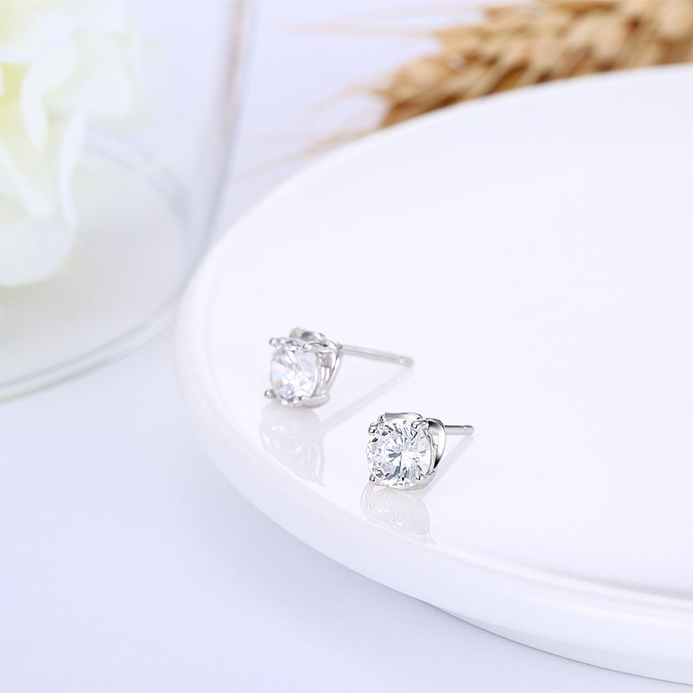 Sterling Silver Stud Earring with Swarovski Crystals - The Trendy Accessories Store