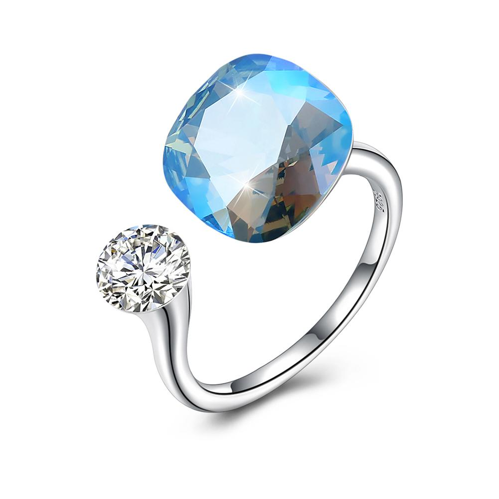 Adjustable Sterling Silver Ring made with Swarovski Crystals - The Trendy Accessories Store