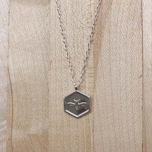 Bee Hex Necklace | Shiny Silver