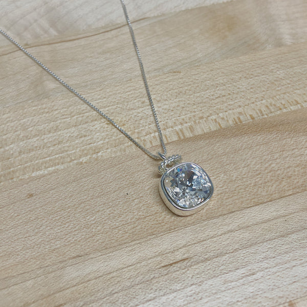 Sarah Necklace- Clear