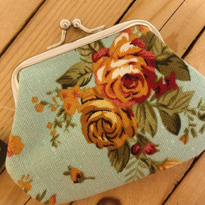 Vintage Roses Change Purse | Blue