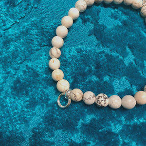 Natural Howlite Beaded Gem Bracelet