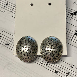 Dotted Clip On Earring