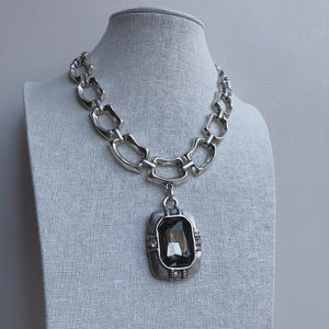 Nora Glass Stone Drop Necklace