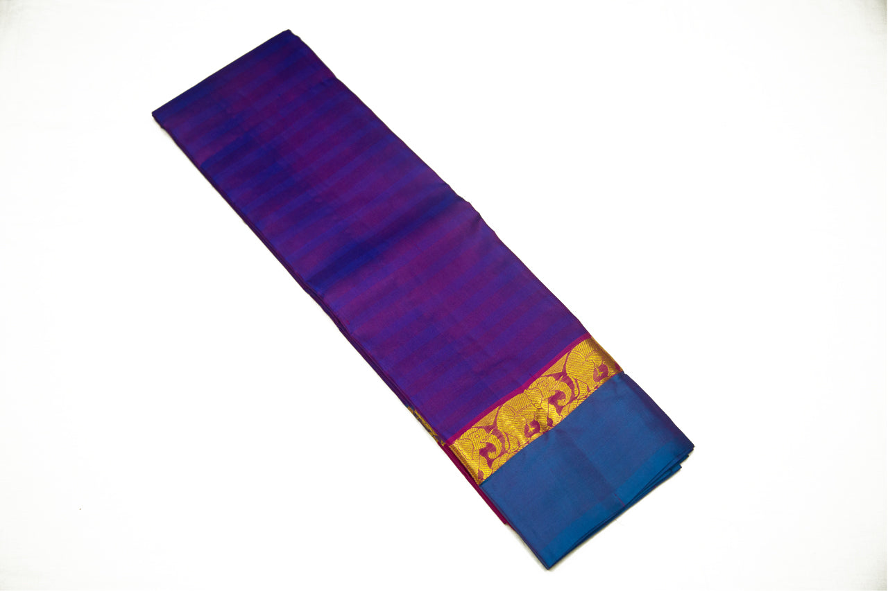 17031 Violet with Blue Border and Pallu