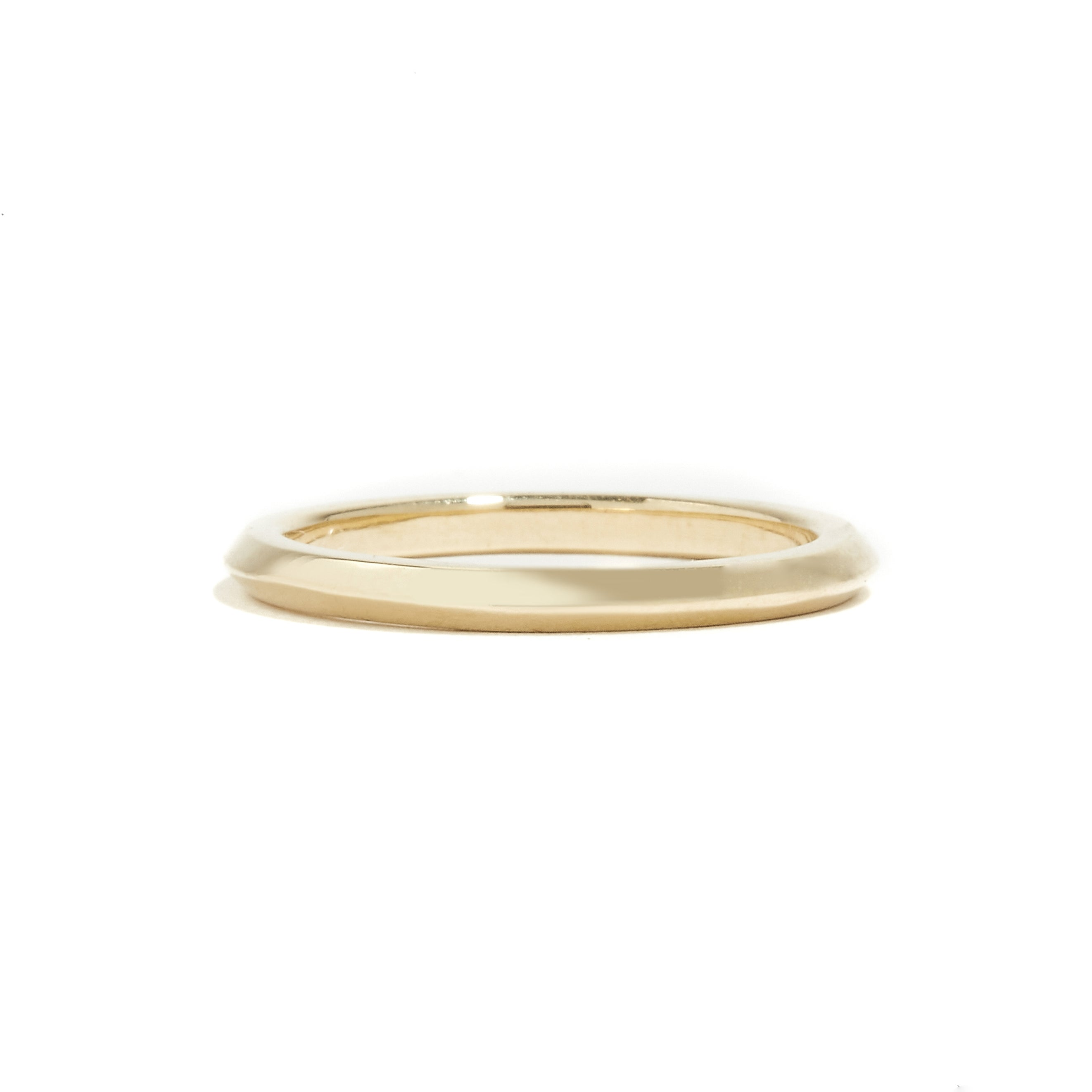 DIVINE: Yellow Gold Knife Edge Ring