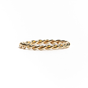 AGNES: Yellow Gold Twisted Band