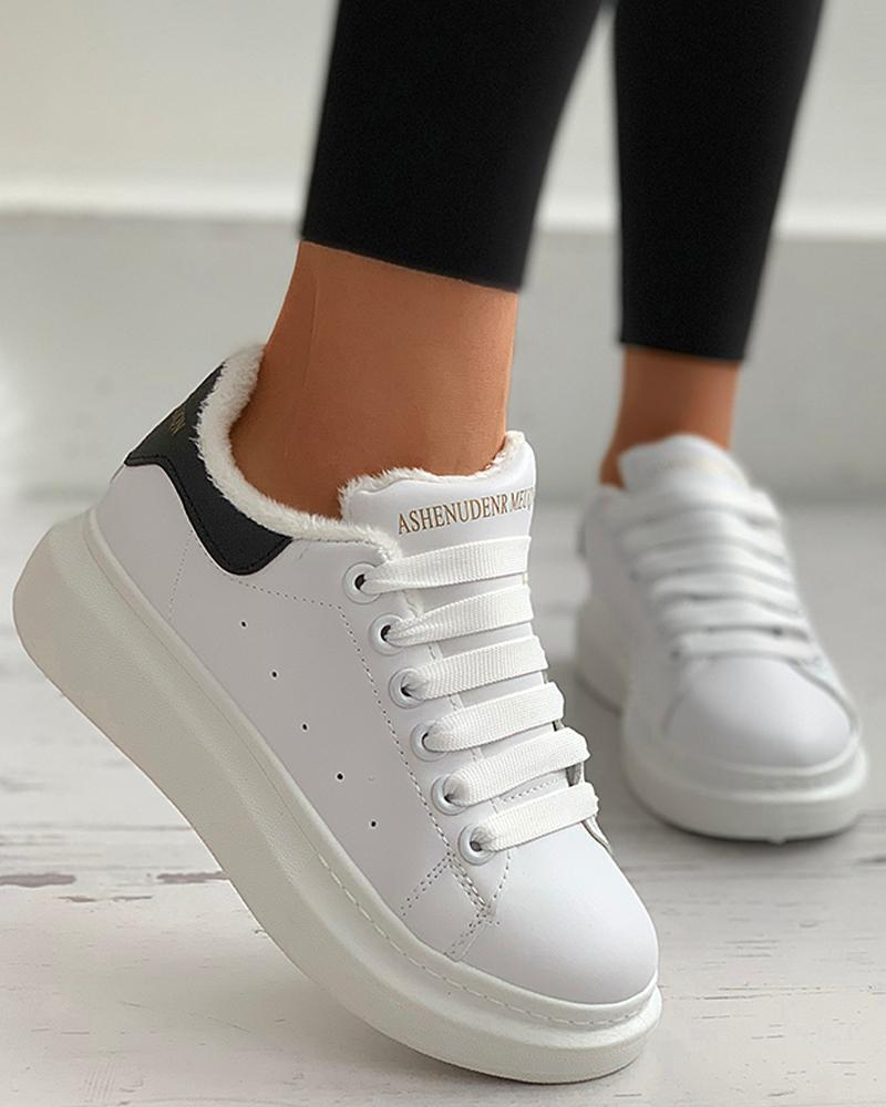 Letter Print Eyelet Lace-up Sneaker
