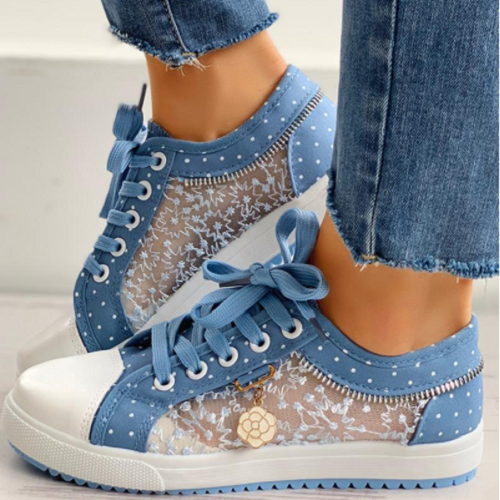 Women's Mesh Casual Sneakers With Flower Pendant Decoration