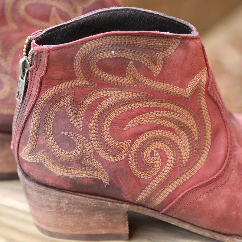 Women's Vintage Cowboy Embroidered Western Boots Booties