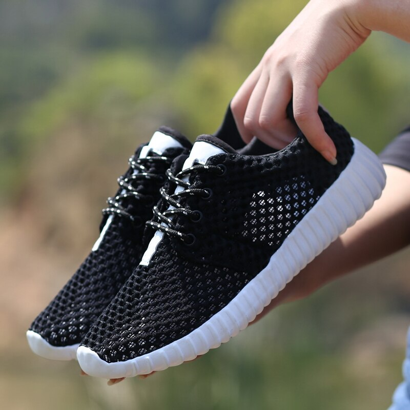 2020 New Mesh Women Lightweight Sneakers Breathable Ladies Casual Shoes