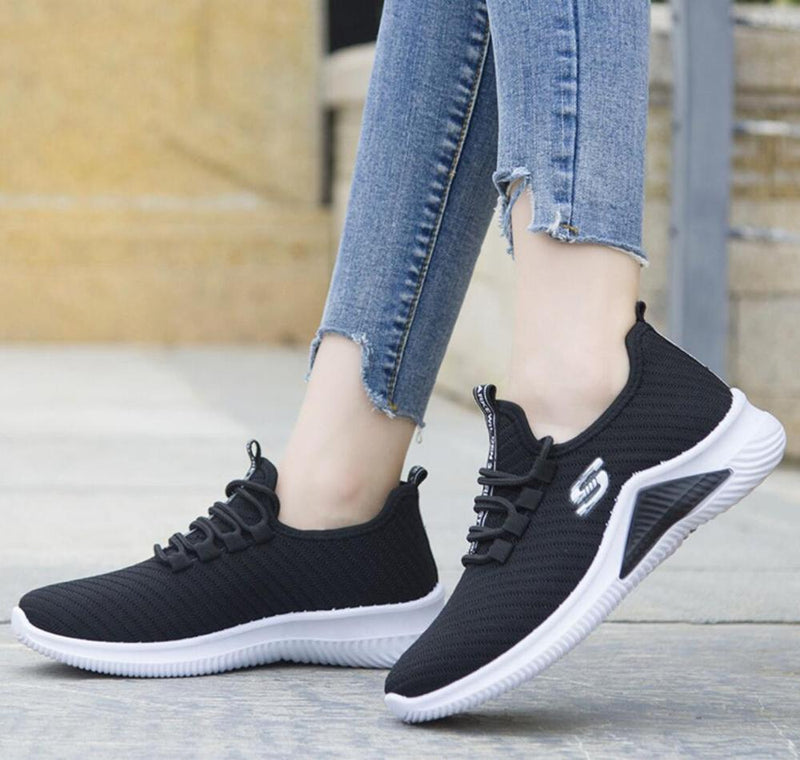 Women Breathe/comfy/Non-Slip Sneakers