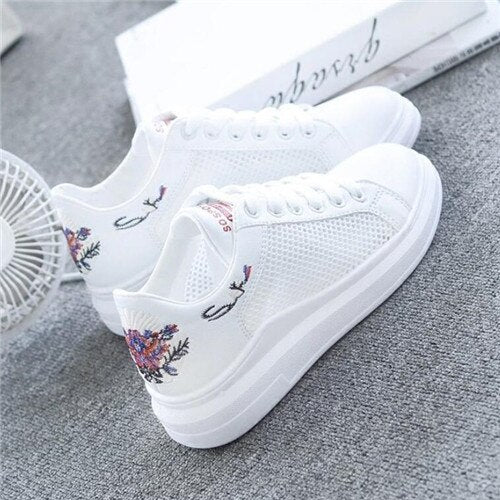 2020 Embroidered Wedge Casual Shoes female platform Comfy and Breathable mesh sneakers