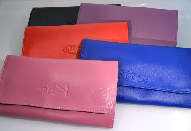6 Pocket Scissor Wallet - Bonika Shears