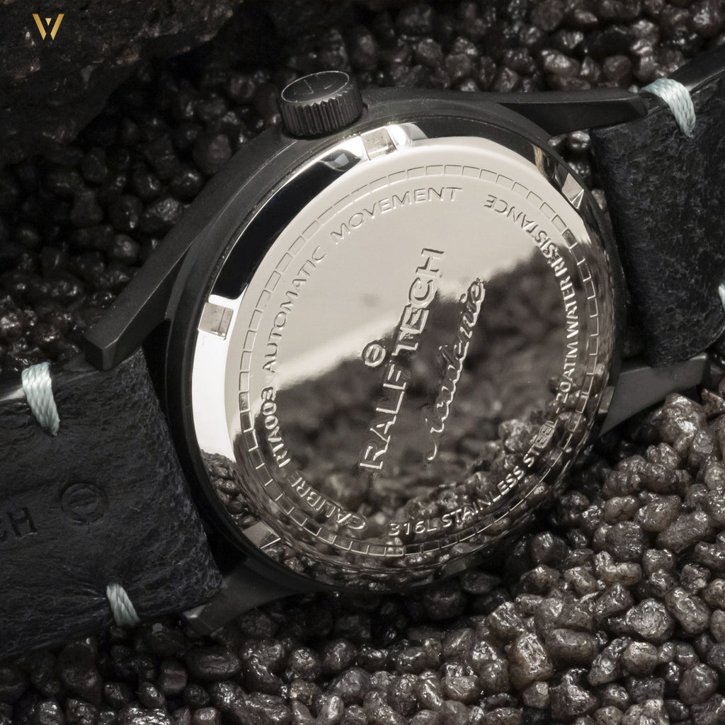Montre Ralf Tech Académie Pirates Shadow full black fond de boîte