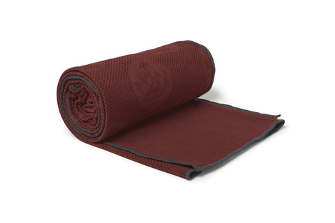 equa® hold mat towel