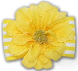 Daffy Moon Hair Bow