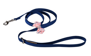 Susan Lanci Peaches N Cream Glen Houndstooth Nouveau Bow Leash on Indigo