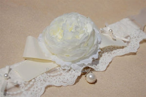 Couture White Flower Collar- Ivory Lace