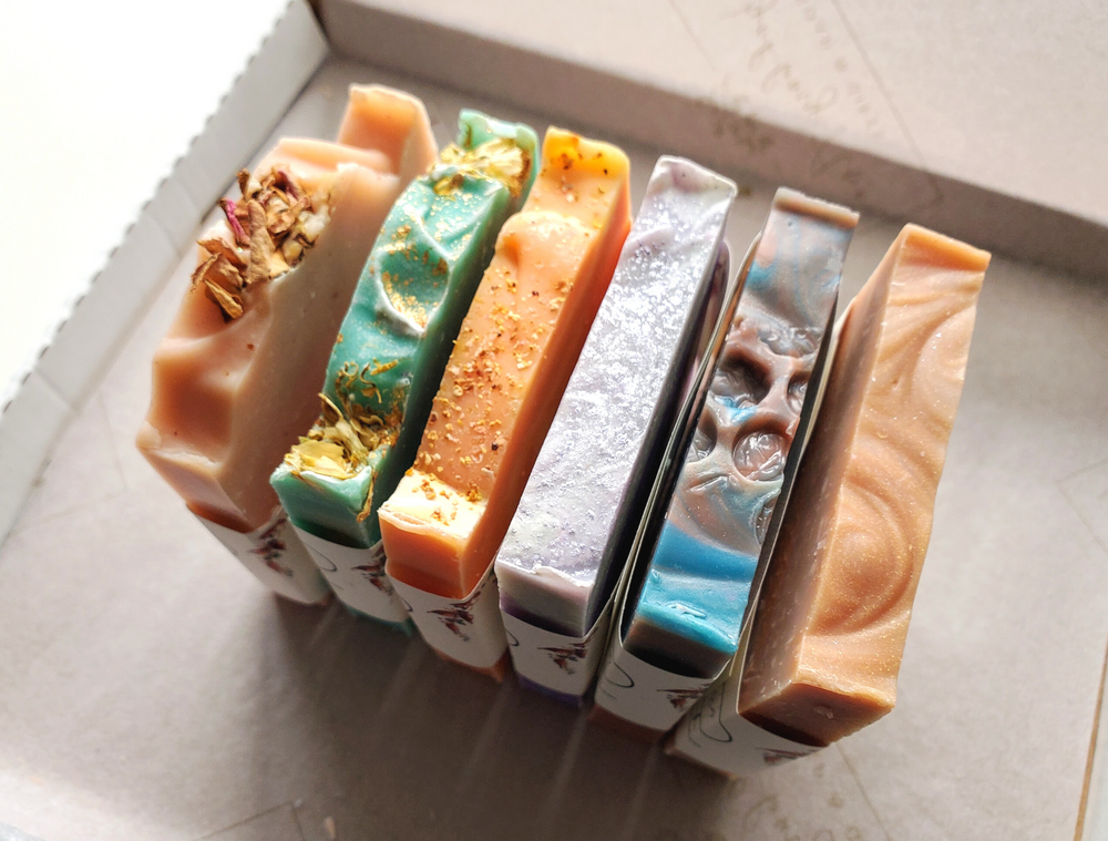 Load image into Gallery viewer, 6 Soap Gift Box - Vegan Soap Gift Set