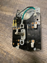 Load image into Gallery viewer, GENUINE OEM MAYTAG WASHER TIMER 207783. 2-07783.  2-7783