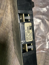 Load image into Gallery viewer, Frigidaire 318184404 Range Control Board Box 22