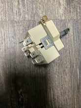 Load image into Gallery viewer, Genuine BOSCH Range Oven, Selector Switch # 603864 00603864 | ZG Box 115