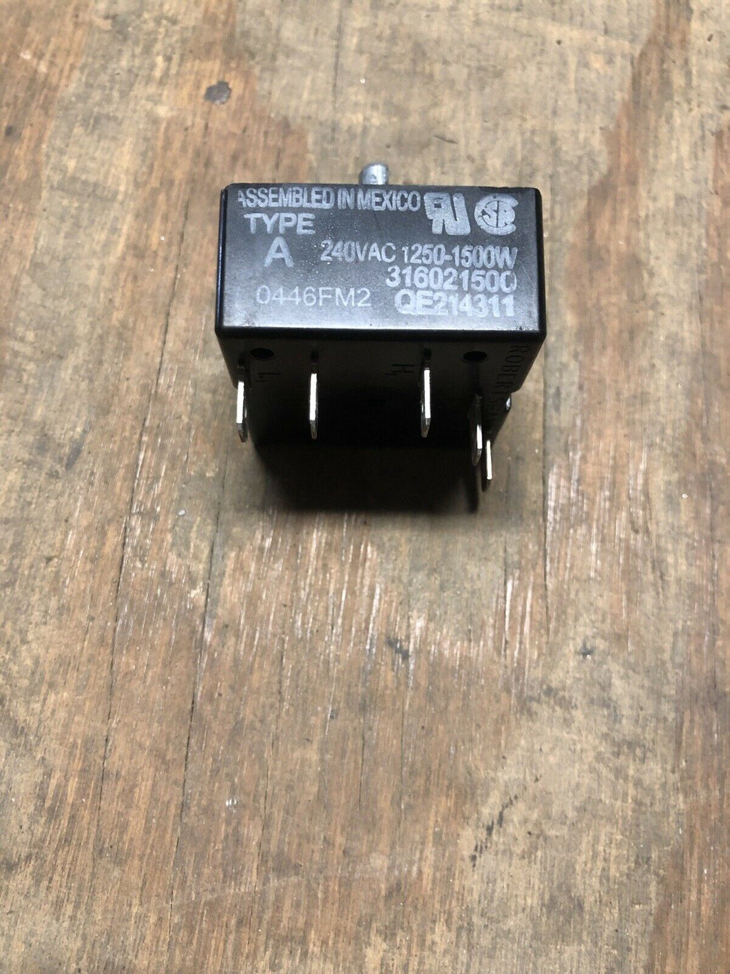 FRIGIDAIRE KENMORE TAPPAN Range Oven Surface Element Switch 316021500 | AS