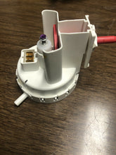 Load image into Gallery viewer, Whirlpool Pressure Switch 8577844 790-9401 | AS Box 135