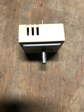 Load image into Gallery viewer, FRIGIDAIRE KENMORE ELECTROLUX Range Element Burner Switch 316238200 | AS Box 100
