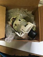 Load image into Gallery viewer, Frigidaire 5304514365 Dishwasher Circulation Pump PA085A25E00 NEW | ZG