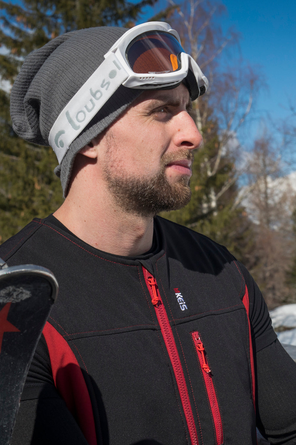 Keis heated vest is perfect for skiing
