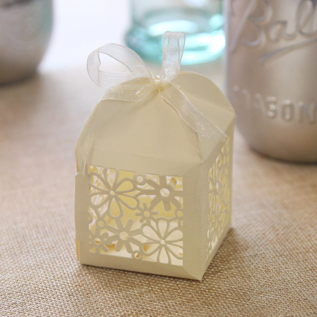 Laser Cut Flowers Favour Box - Ivory - Wedlock Shop - 1