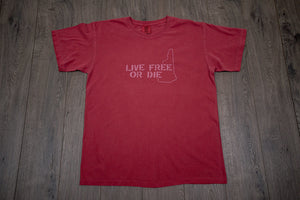 Live Free or Die Men's T-Shirt w/State Outline