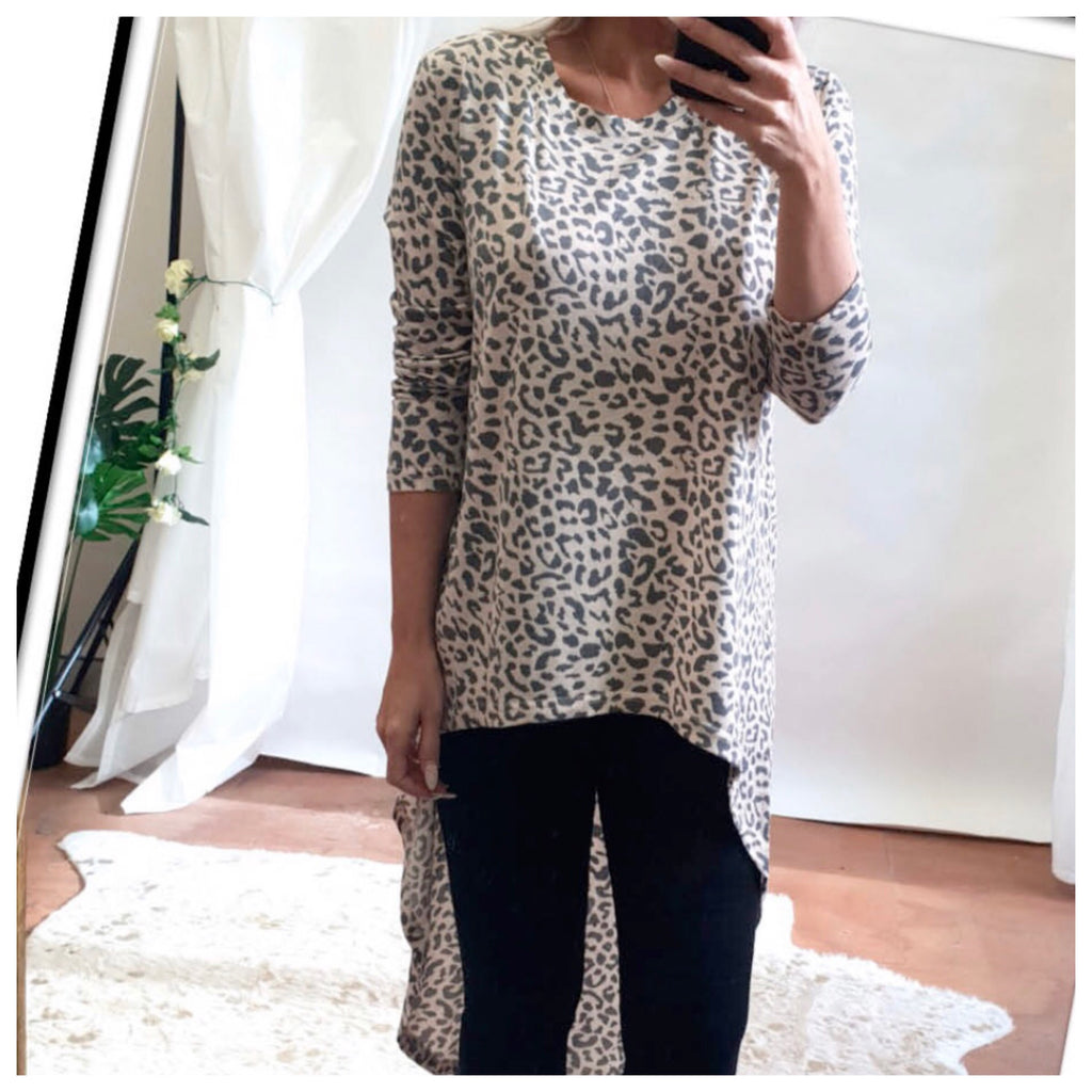Rosa Hi-Lo Animal Print Top
