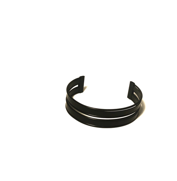 Black upper arm cuff