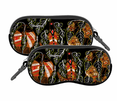 Graham Kenyon Sunglasses Case with zip closure and clip