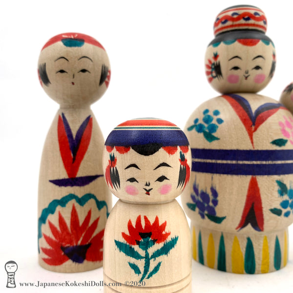Kokeshi. NEW! Momma Kokeshi with Kids by Toshio Takada. Traditional (Dento) Kokeshi.