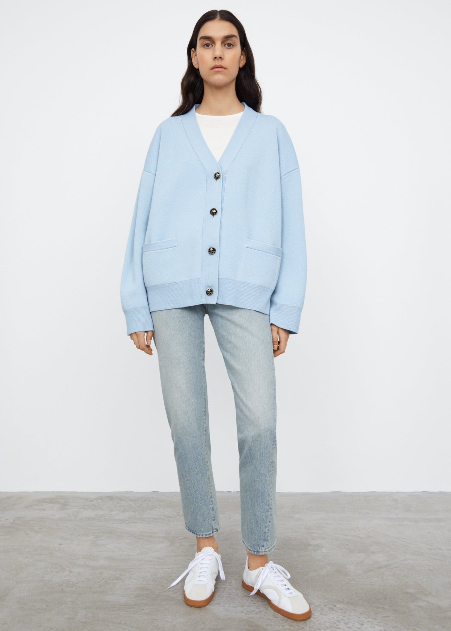 Monogram button cardigan light blue
