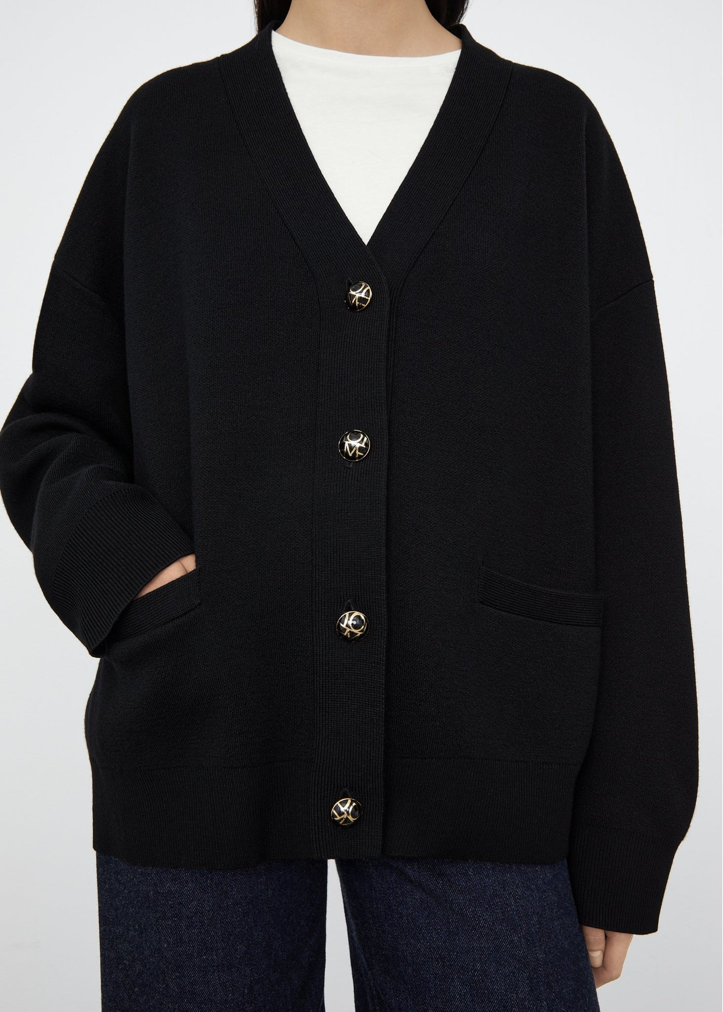 Monogram button cardigan black