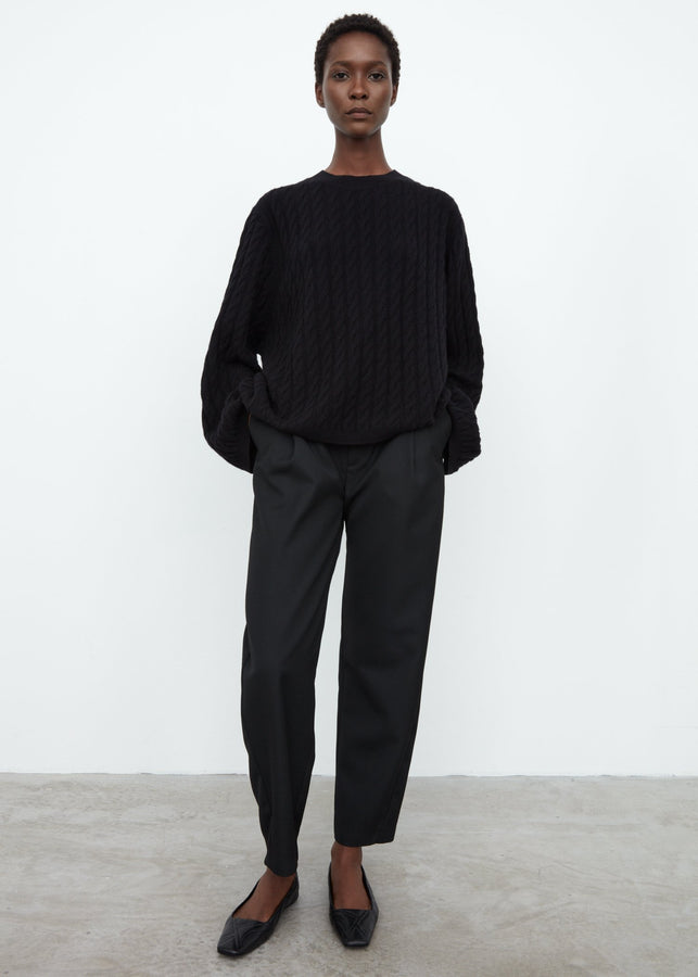 Cashmere cable knit black