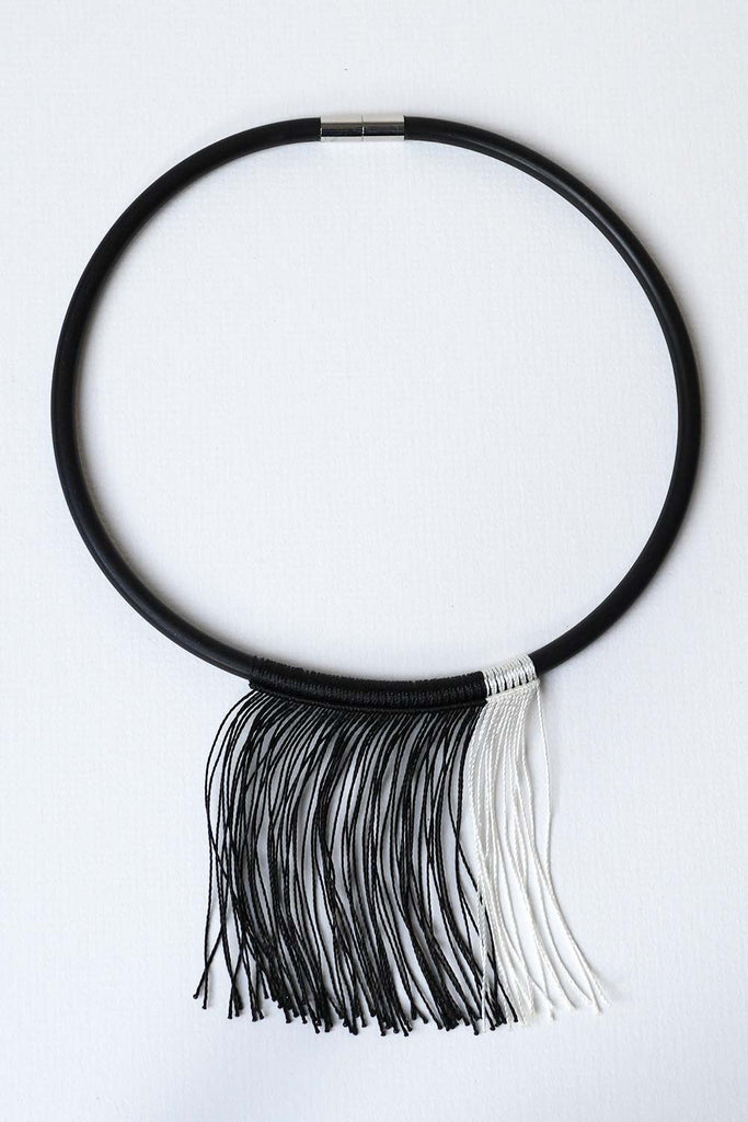Imbali Black-White Necklace