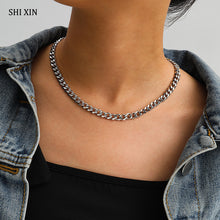Load image into Gallery viewer, Chunky Stainless Steel Chain Necklace