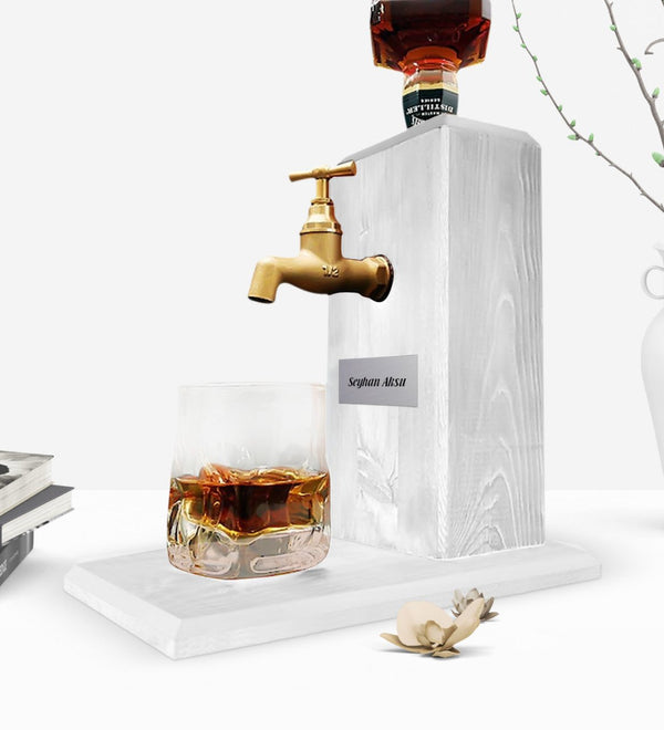 Personalized Tap Natural Wood Whisky Stand-Vintage White Reliable Quality Cost Effective Special Design Leisure Coolest