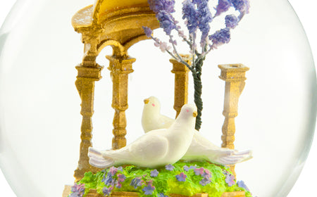 Doves CoolSnowGlobes