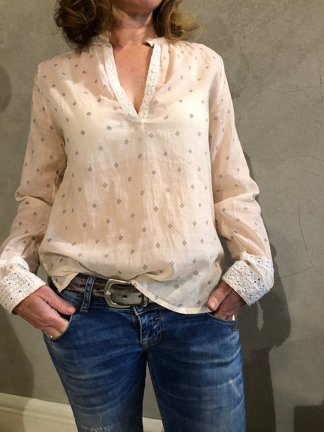 LOCAL APPAREL COTTON VOILE SHIRT WITH LACE DETAILING_CLARE SHIRT