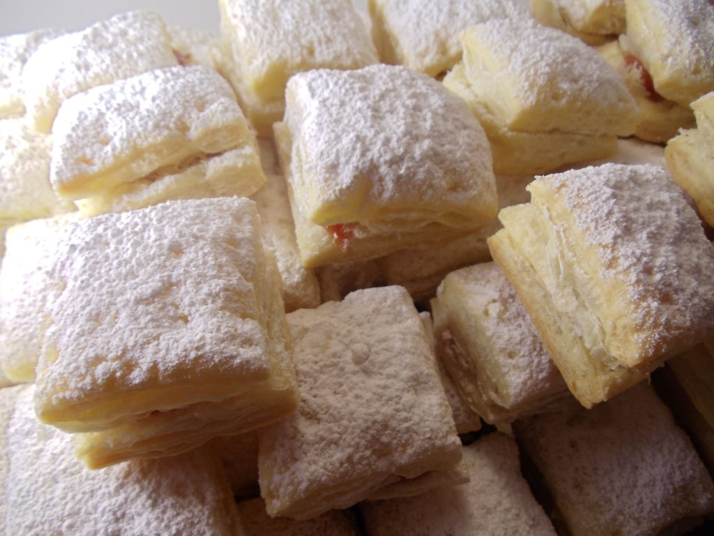 bakery style cakes and pastries