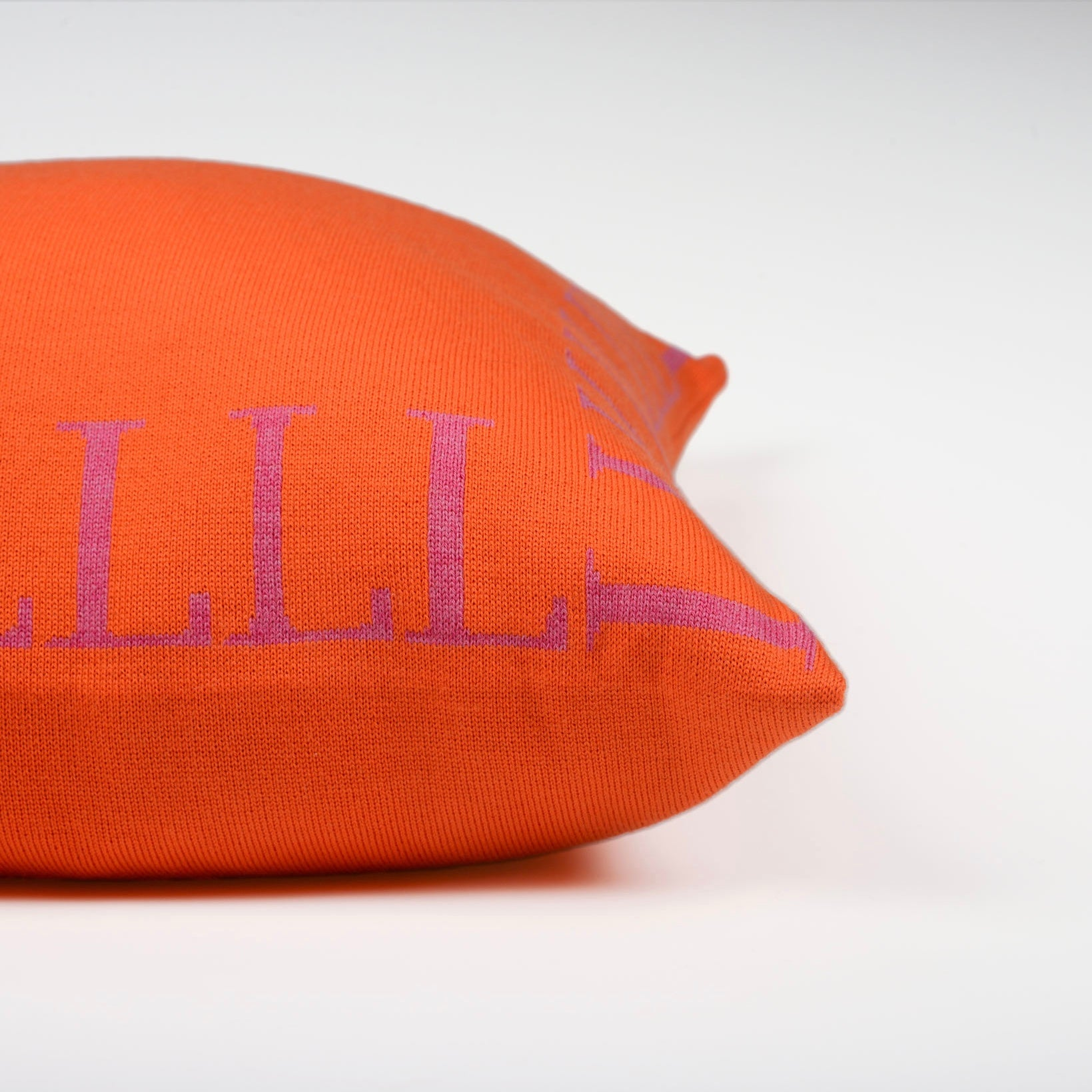 Cushion cover 50x50cm LLLL, orange / magenta