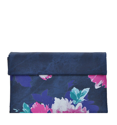Gracie Floral Clutch in Navy